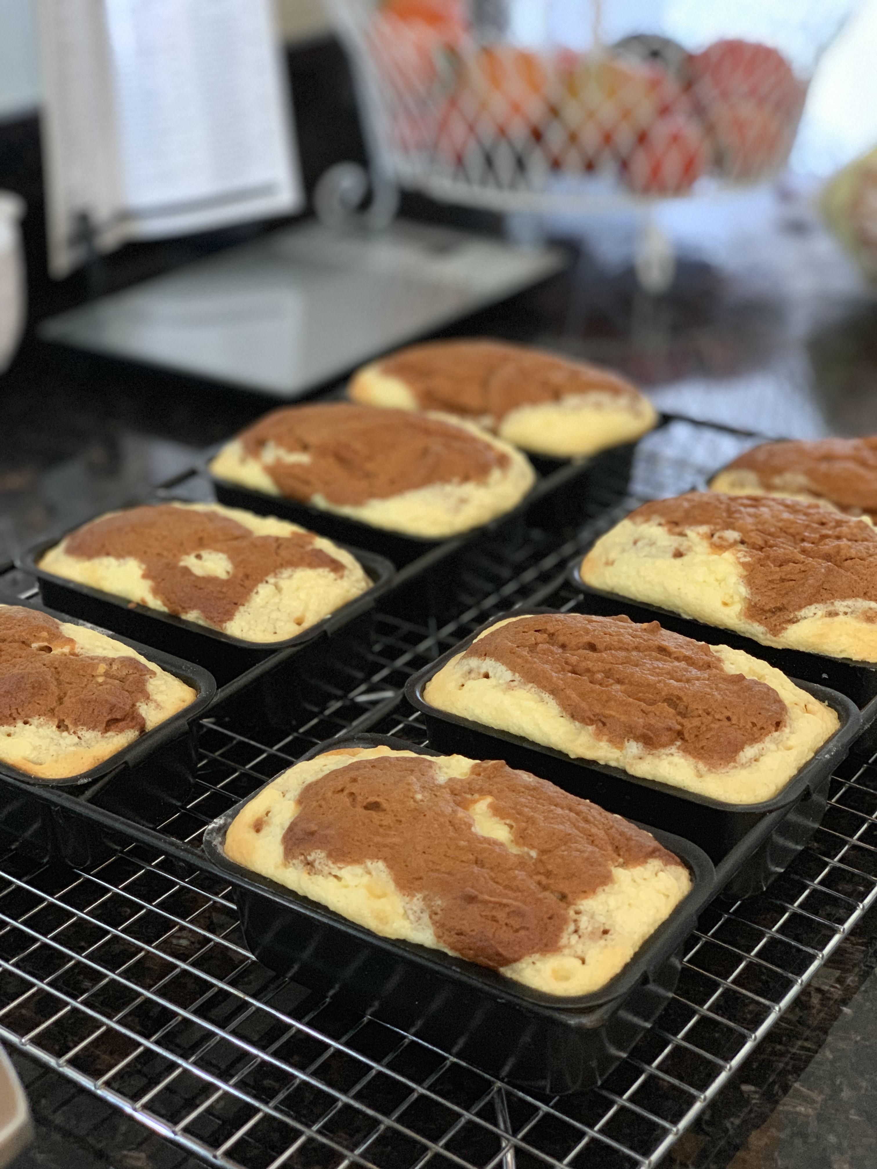 Pumpkin-Cream Cheese Mini Loaves