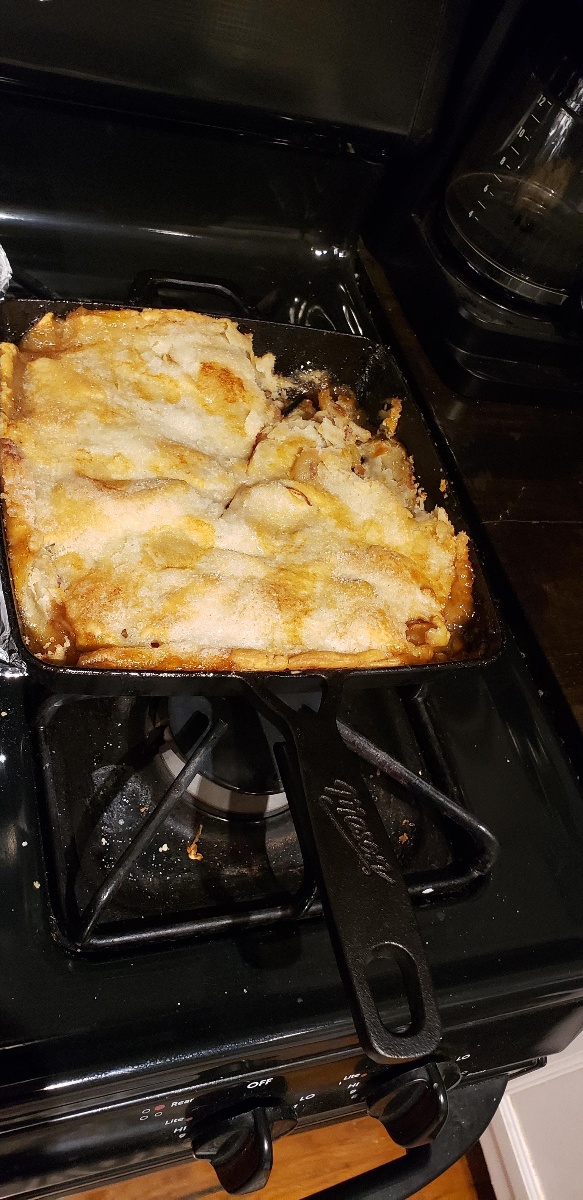 Grandma's Iron Skillet Apple Pie