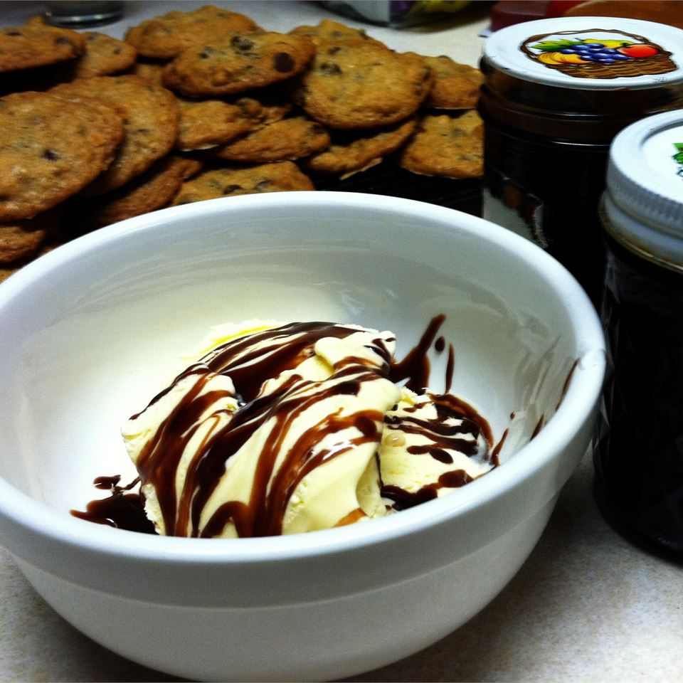 Sue's Hot Fudge Sauce
