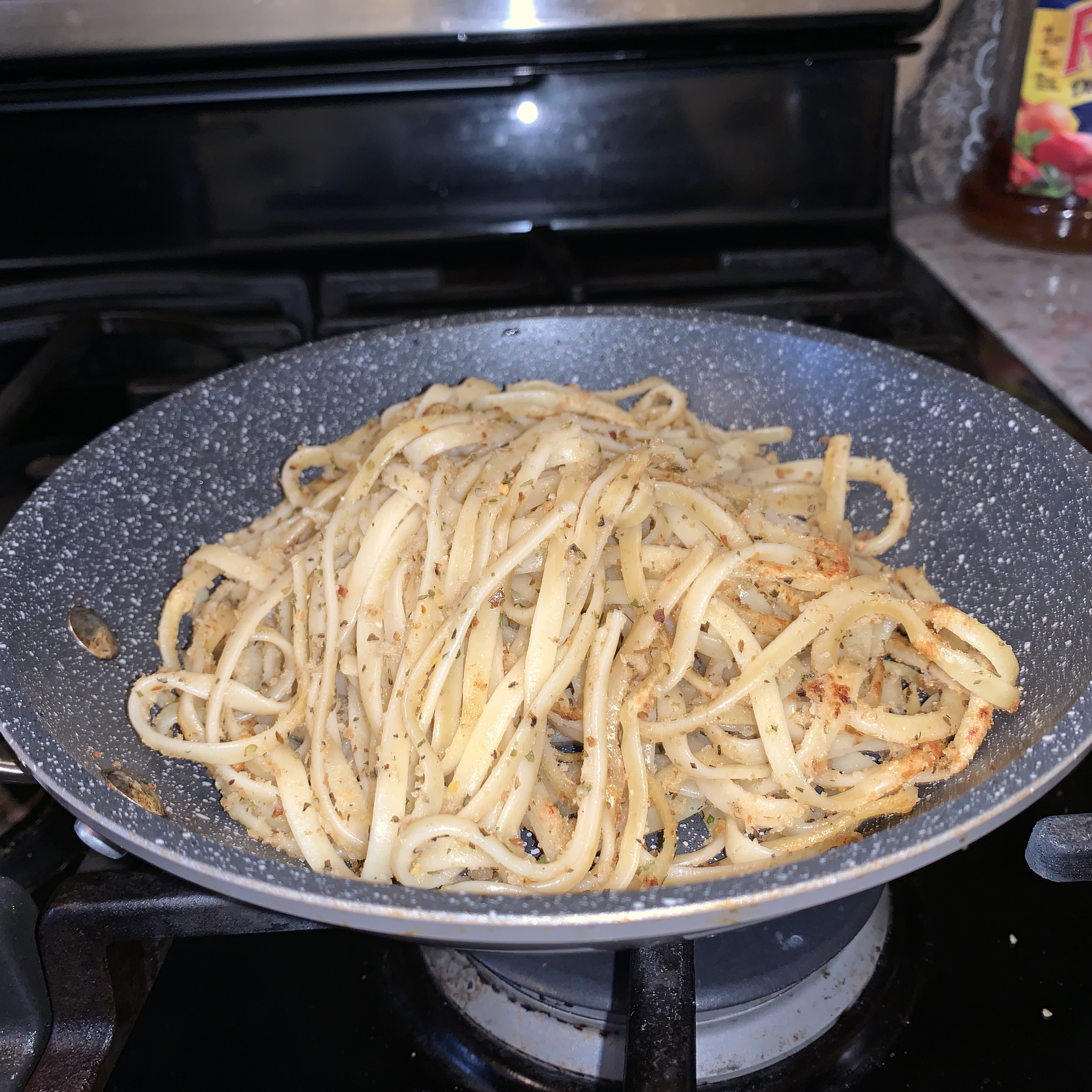 Quick Mediterranean Pasta Lmari8838