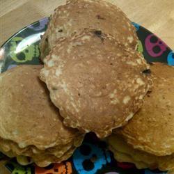 Oatmeal Pancakes I Sarah Jo
