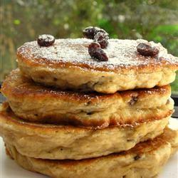 Apple Raisin Cakes