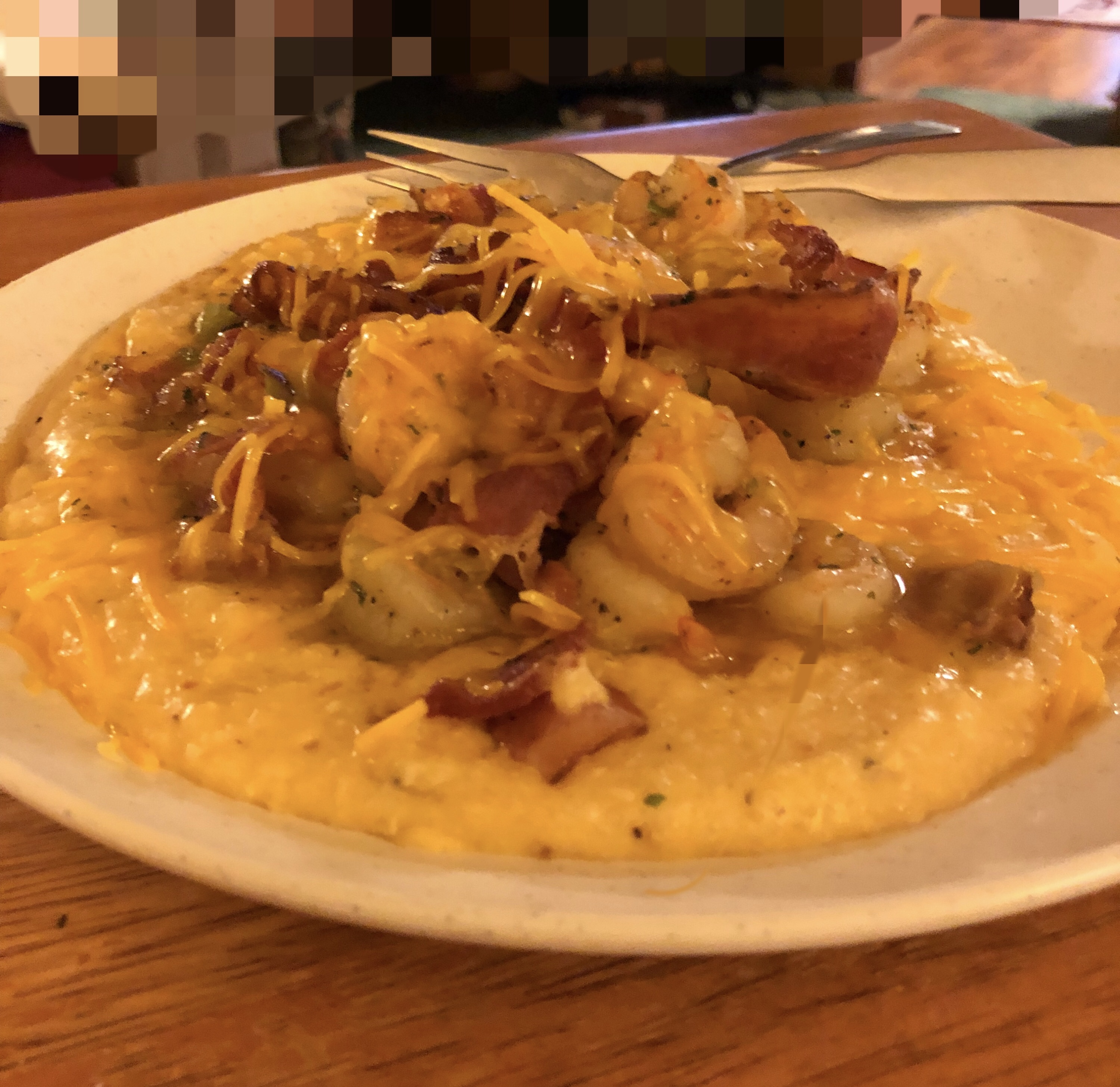 Shrimp and Cheesy Grits with Bacon Mike Swift