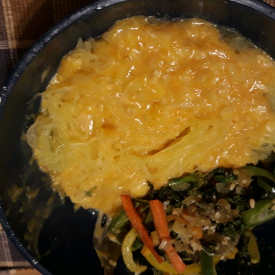 Cheesy Butternut Squash Pasta Sauce ramseysonnia@yahoo.com