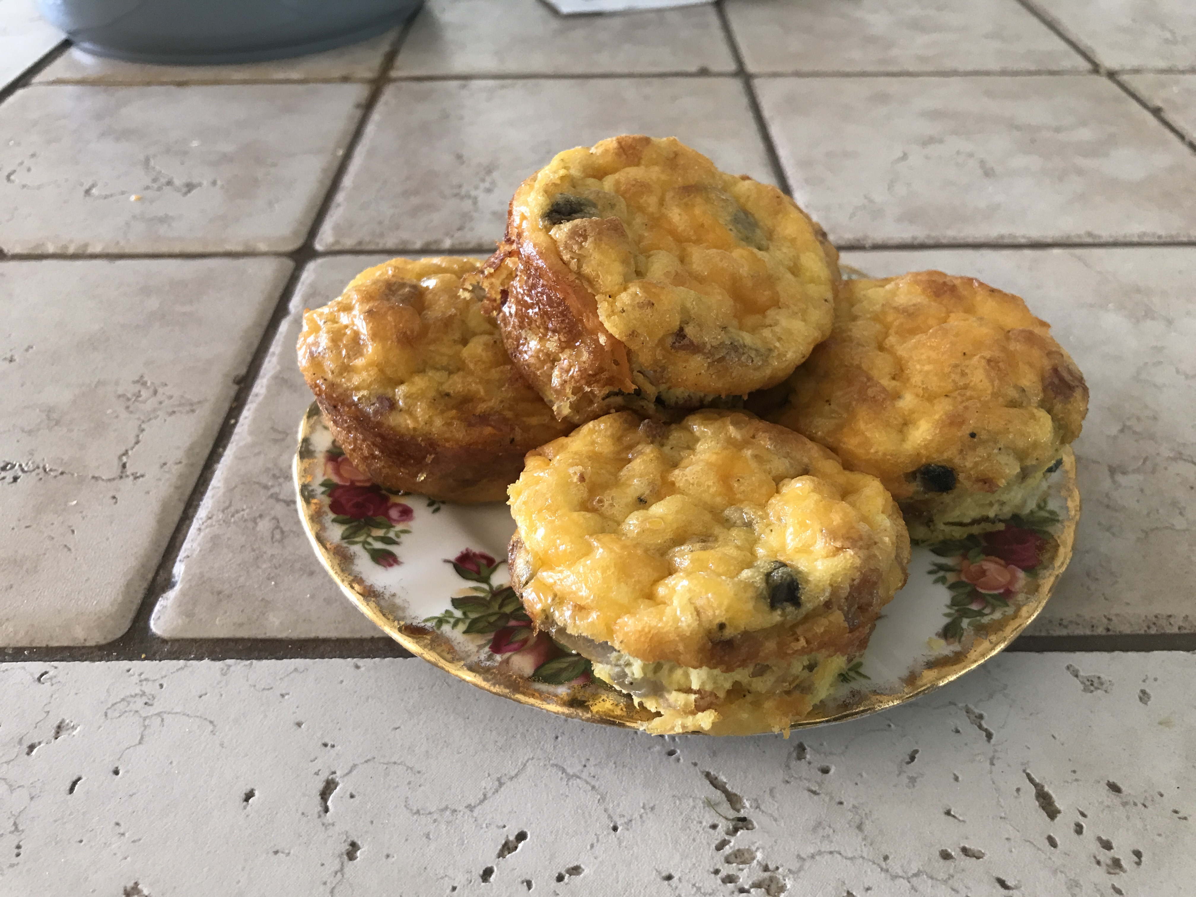 Low-Carb Bacon Spinach Egg Cups Terry's Kit