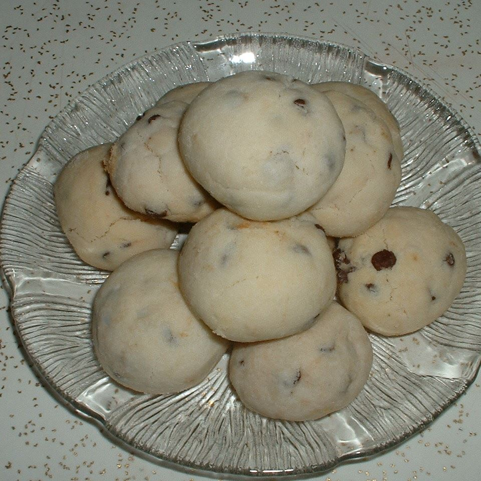 Chocolate Chip Shortbread Cookies I MaggieThe Baker