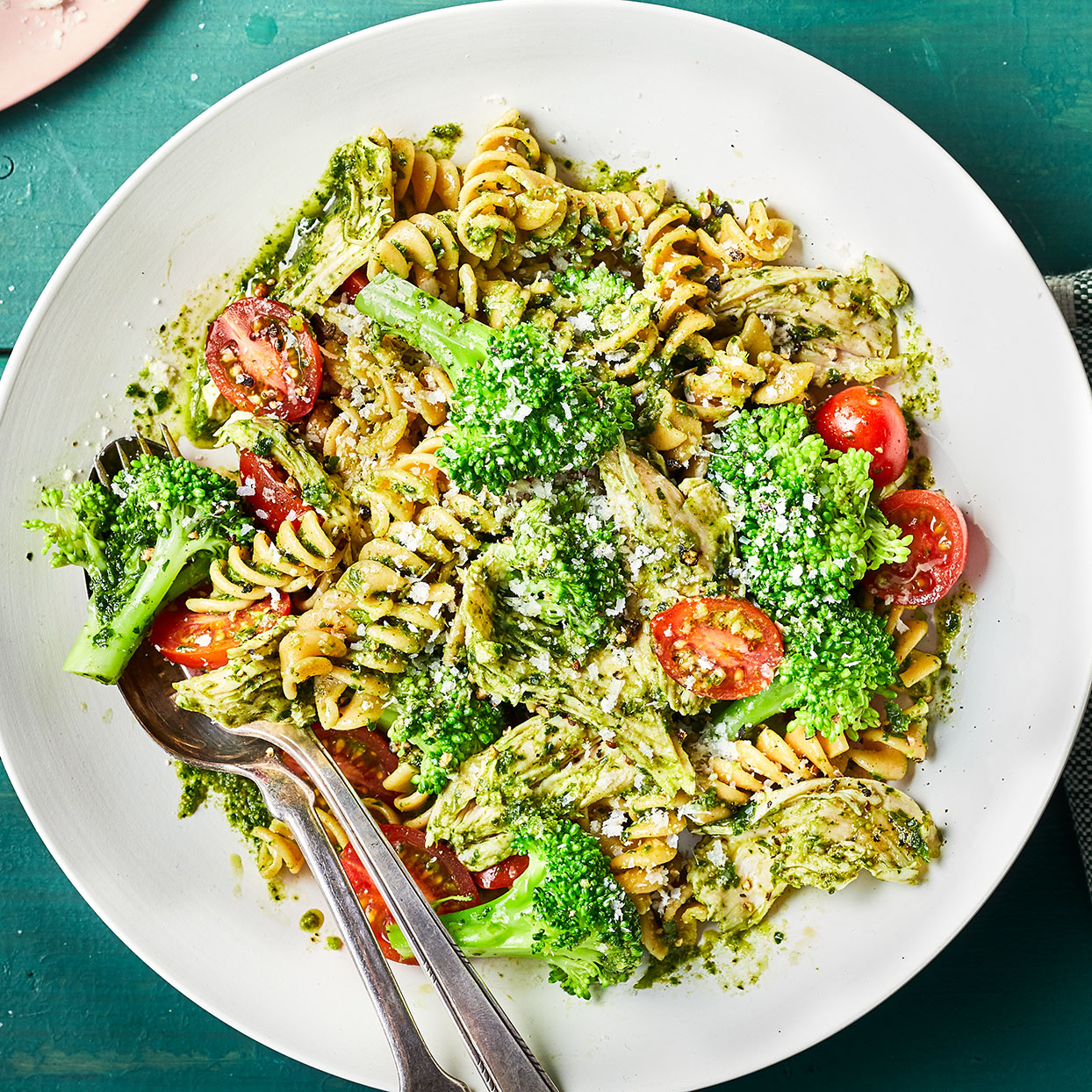 Turkey, Pesto & Broccoli Pasta Hilary Meyer
