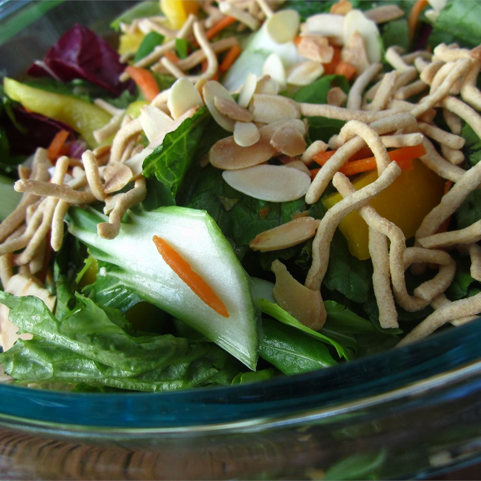 Almond and Baby Bok Choy Asian Salad pomplemousse