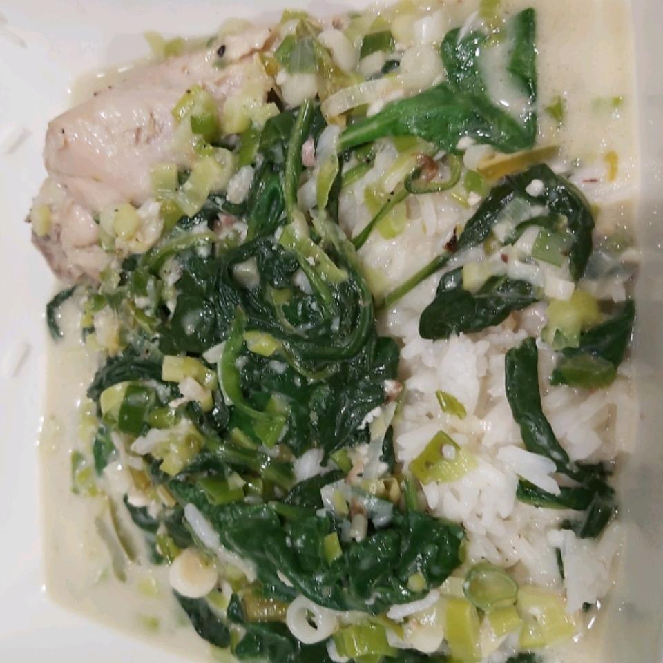 Ginataang Manok (Chicken Cooked in Coconut Milk)