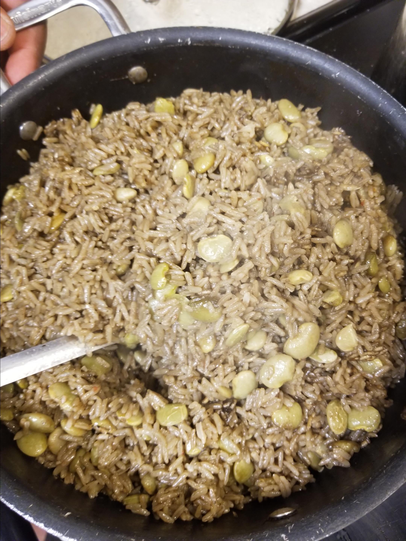 Diri ak Djon Djon (Haitian Black Mushroom Rice)
