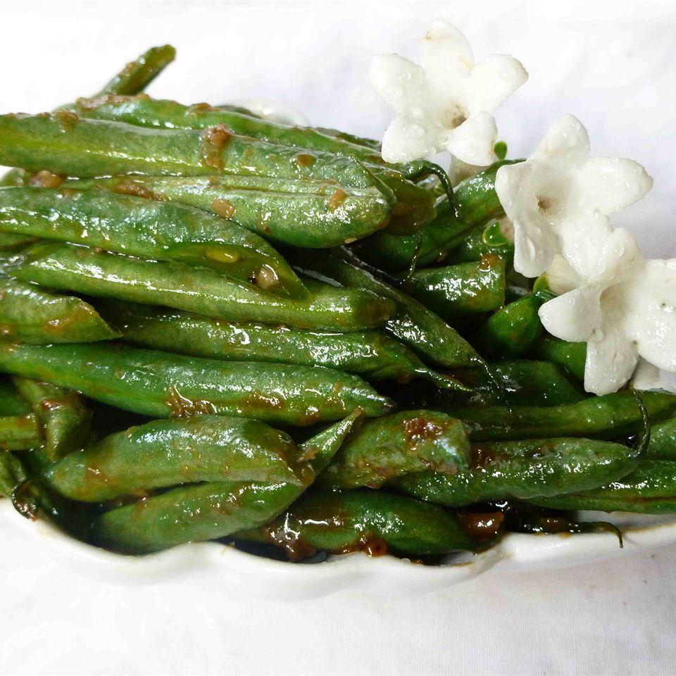 Asian-Inspired Green Bean Salad