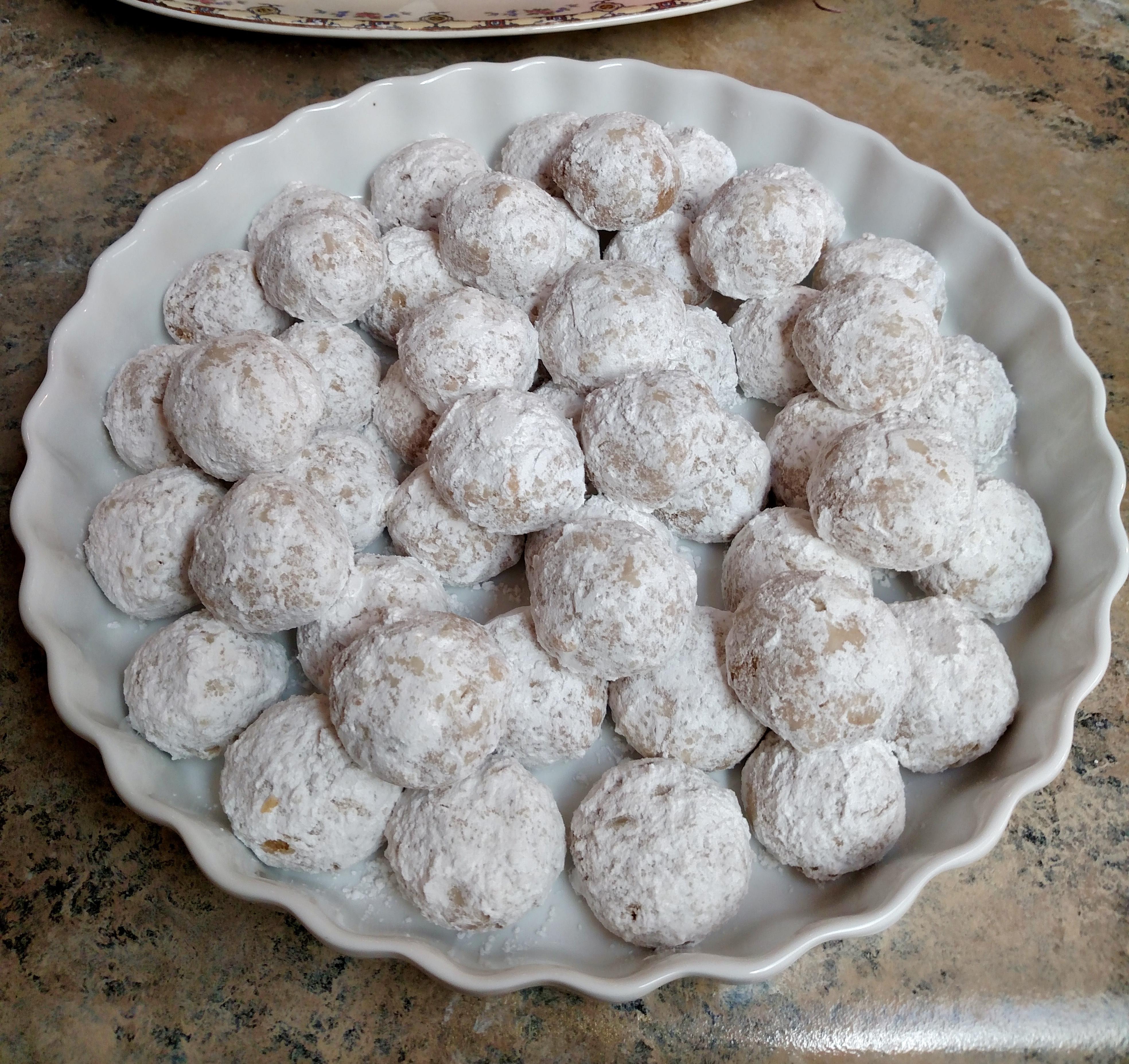 Chef John's Russian Tea Cakes Darlyne Hayes