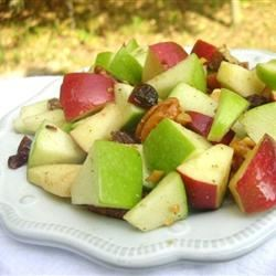 Waldorf Salad with Walnut Oil Vinaigrette Loves2Cook
