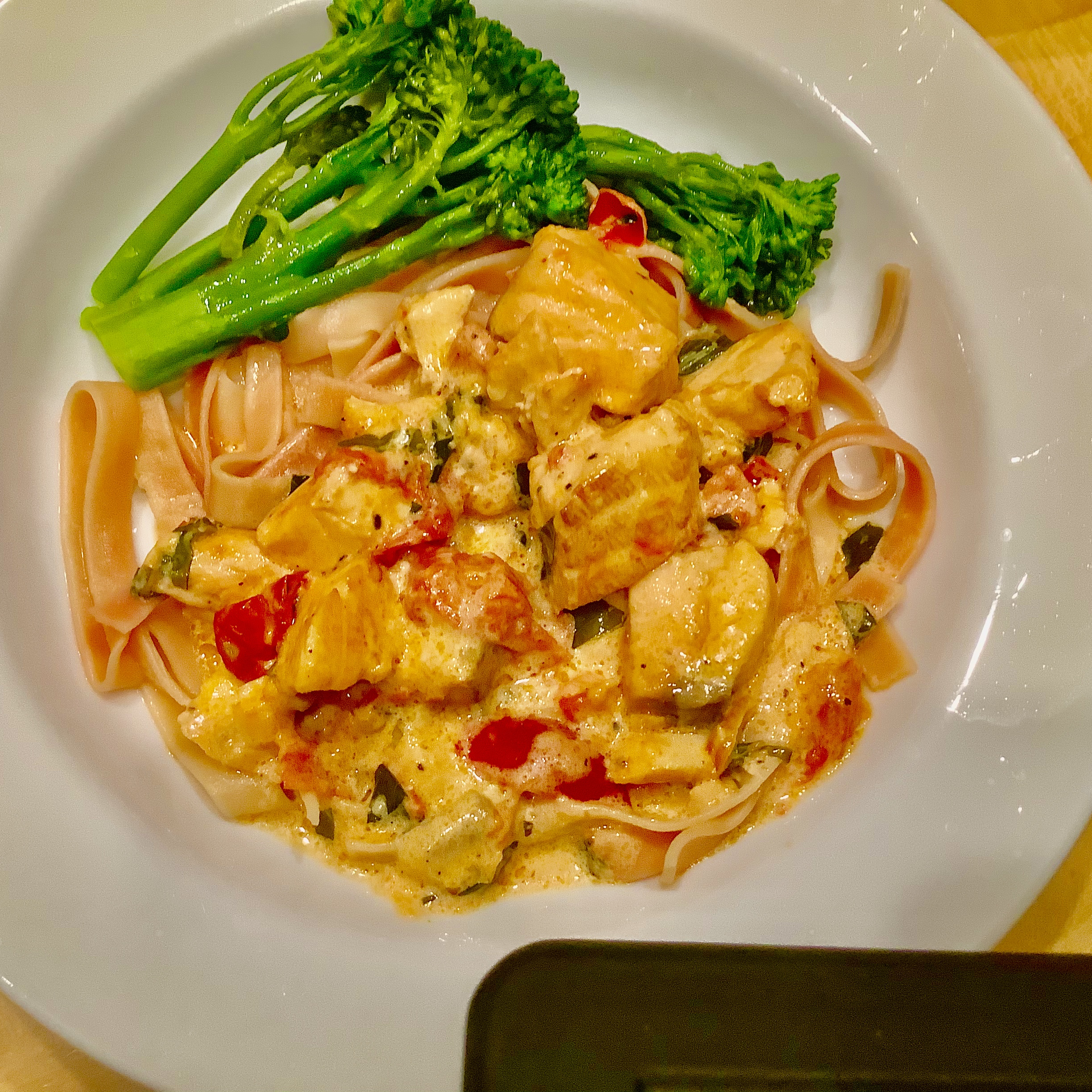 Quick Pasta with Salmon and Tomatoes in Cream Sauce