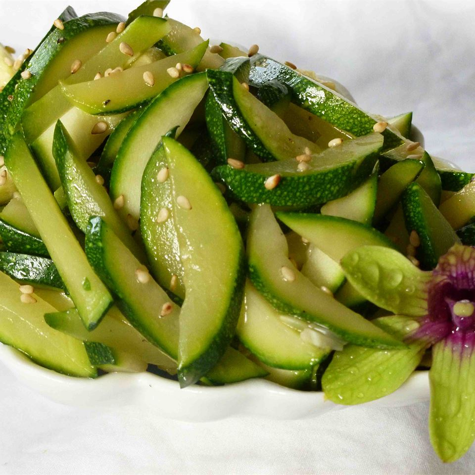 Asian-Style Zucchini TRINITYJAE