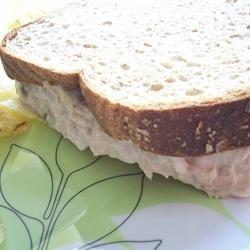 Simple Tuna Melt CookinBug