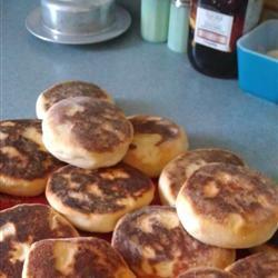 Portuguese Muffins - Bolo Levedo Michelle Graham