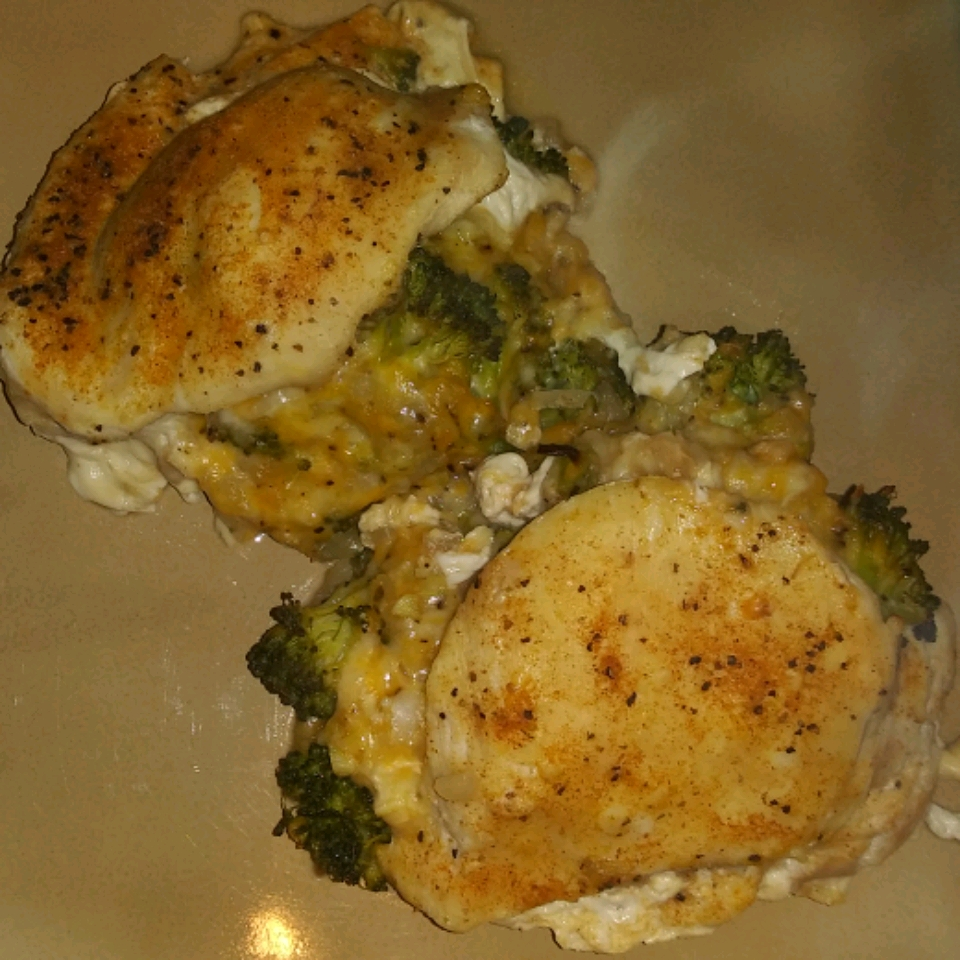 Cheesy Broccoli-Stuffed Chicken Breasts Teri Baker