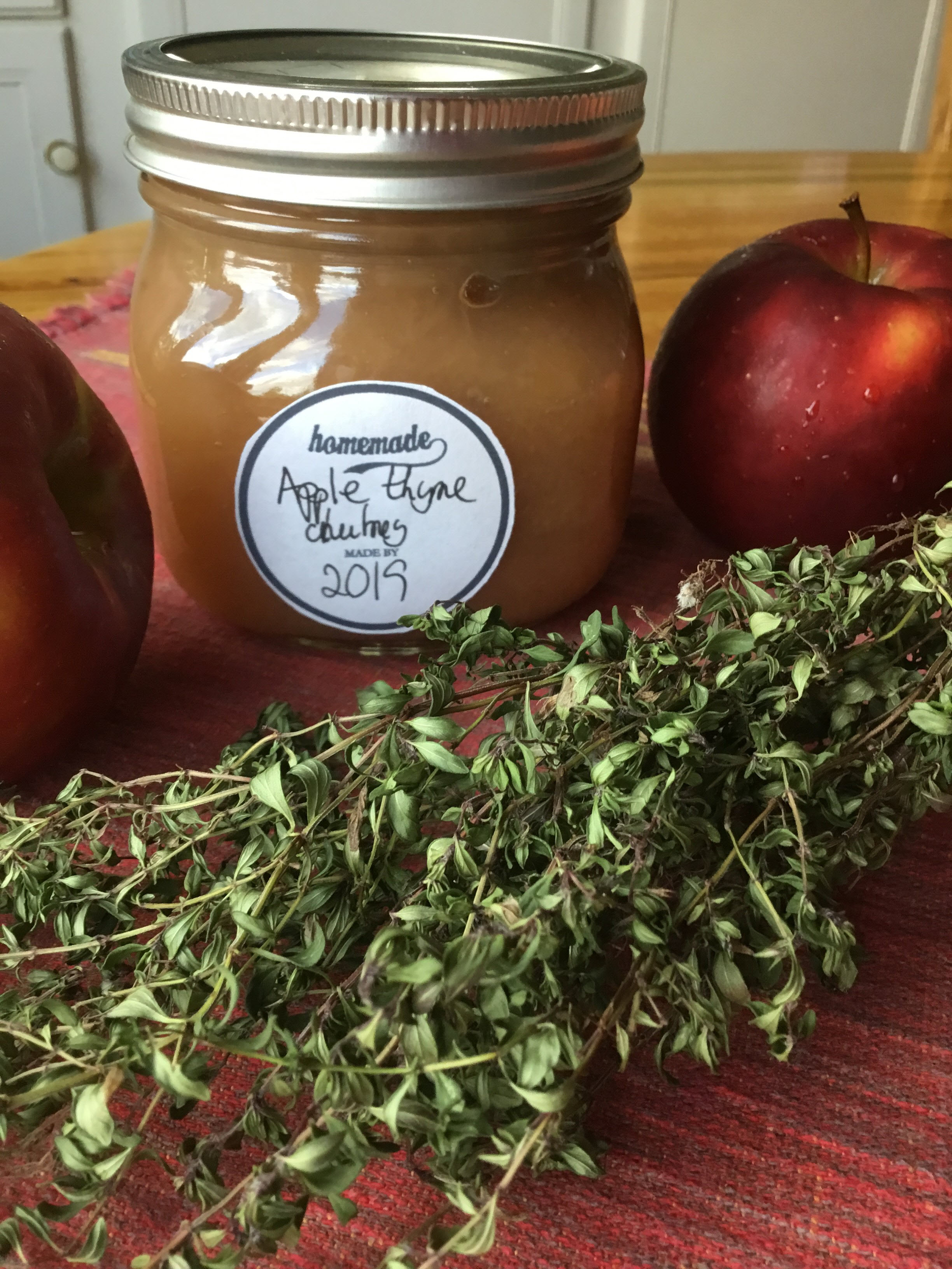 Apple-Thyme Chutney nch