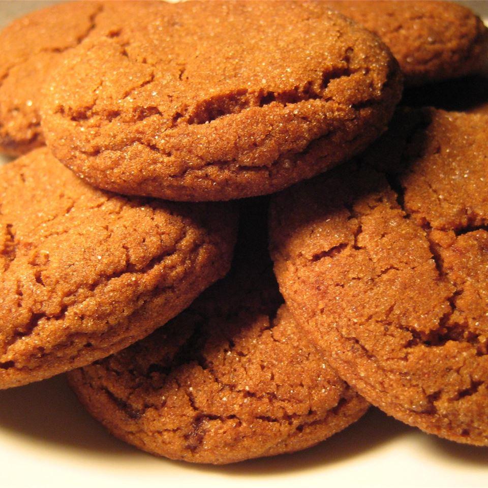 Molasses Sugar Cookies I Tiffany Rogers