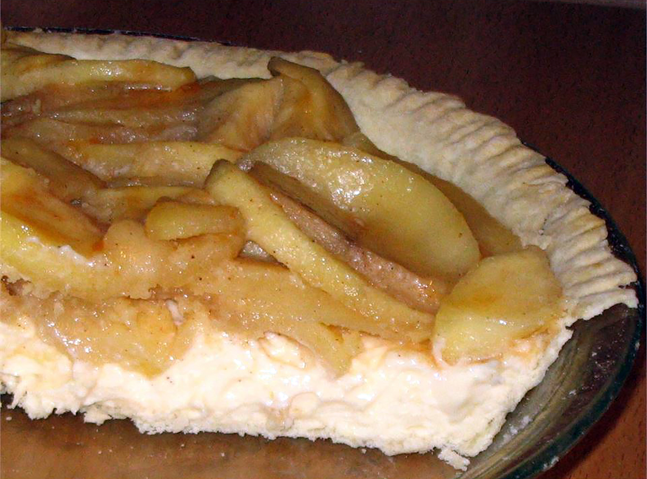 Old Fashioned Apple Cream Pie