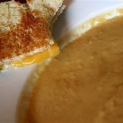 Creamy Butternut Squash With Cinnamon Soup wendizcooking