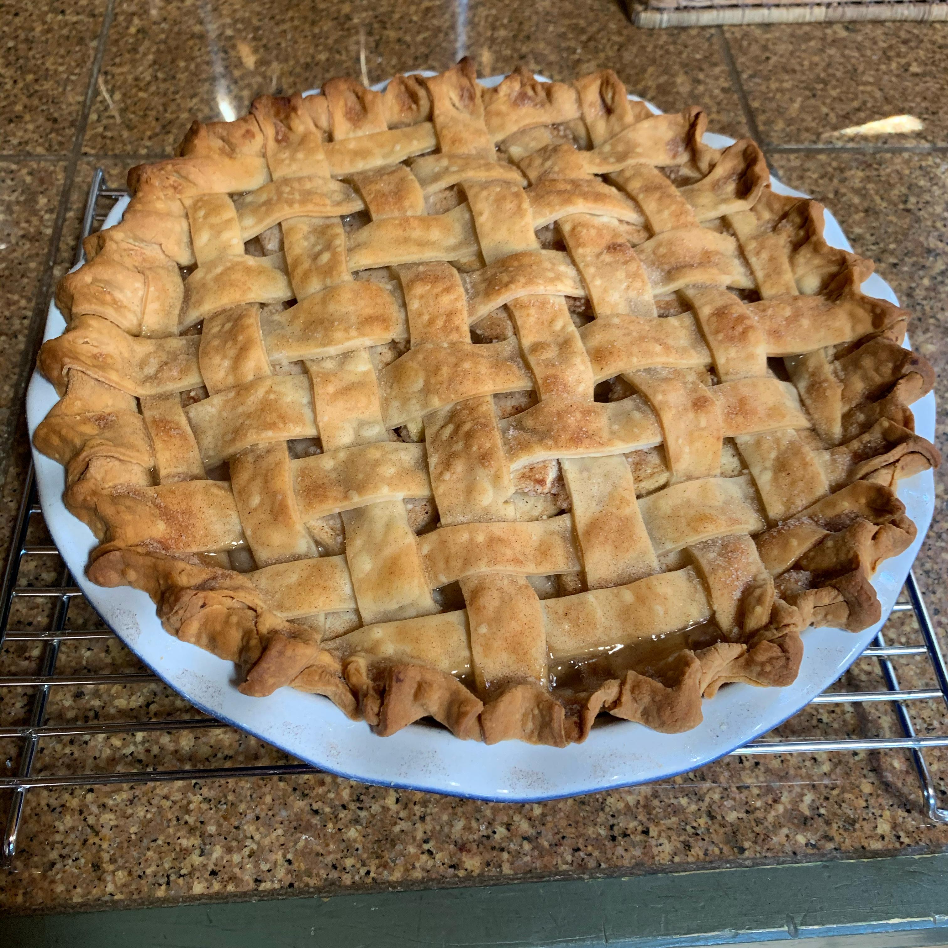 Spiced Pear & Apple Pie herbgardener