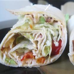 Spicy Chipotle Turkey Wraps mommyluvs2cook