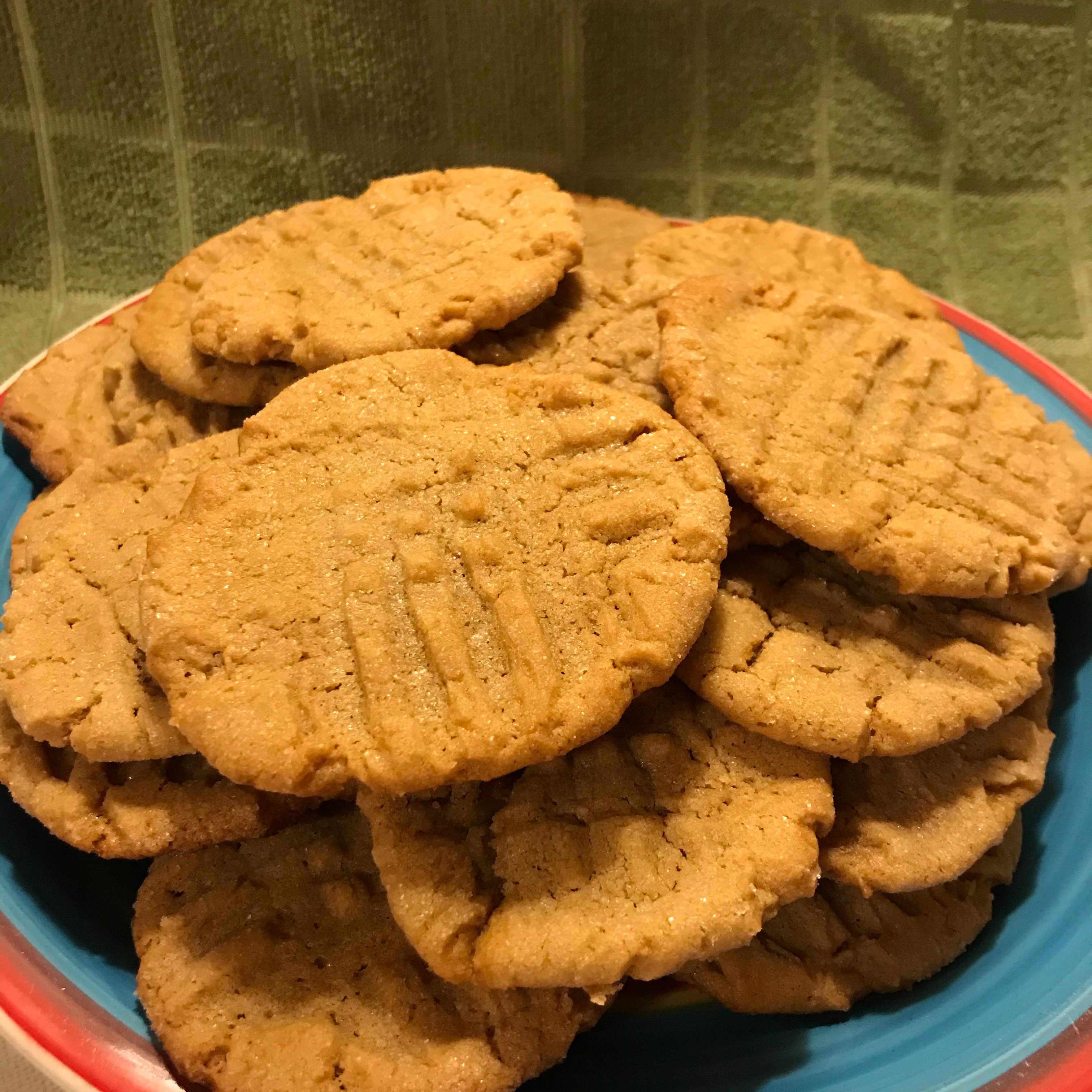 Moist and Chewy Peanut Butter Cookies