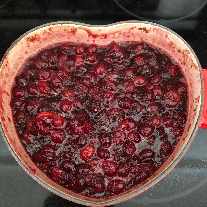 Becky's Mom's Cranberry Sauce Dawnn