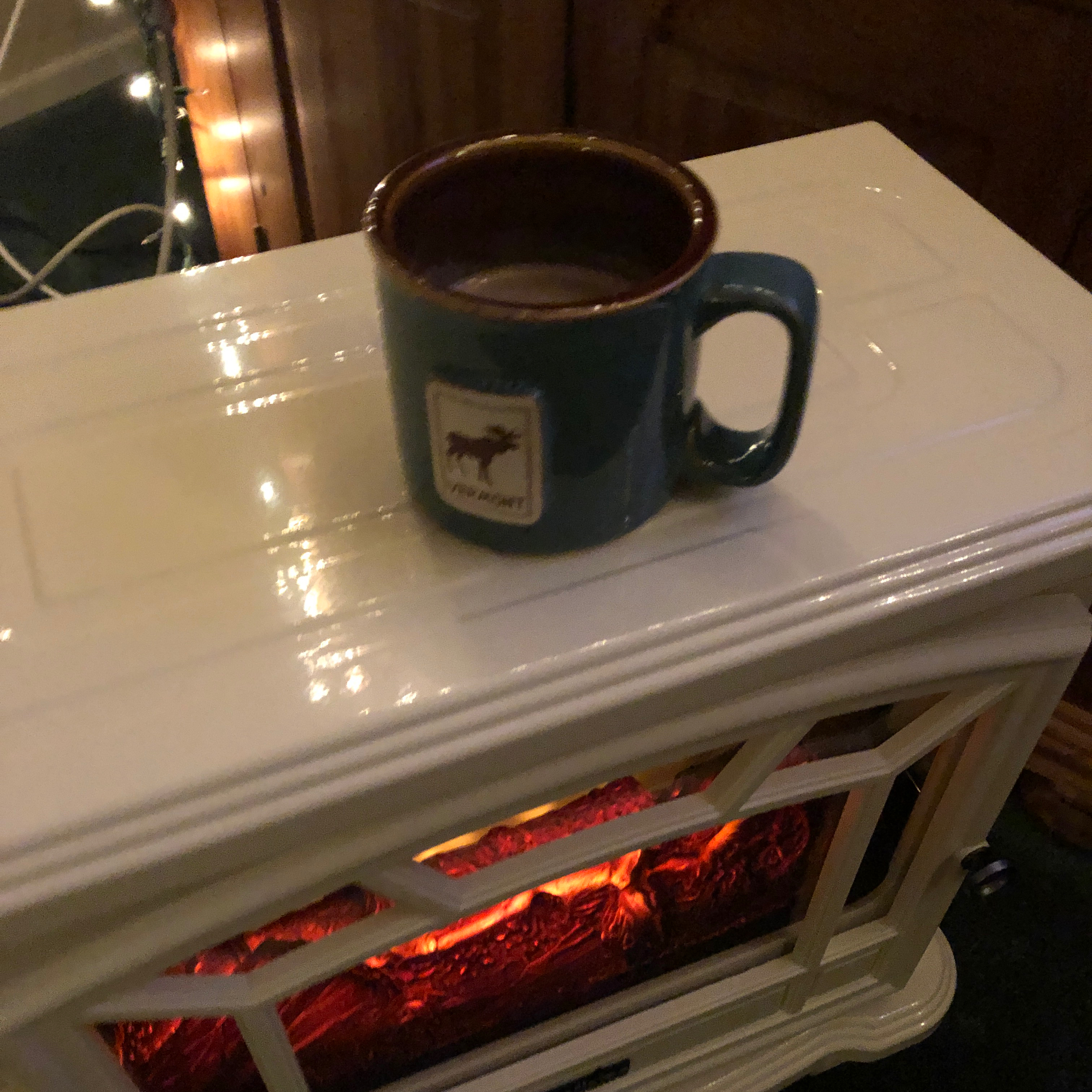 Simplest Hot Chocolate (with Maple Syrup and No Refined Sugar) ann
