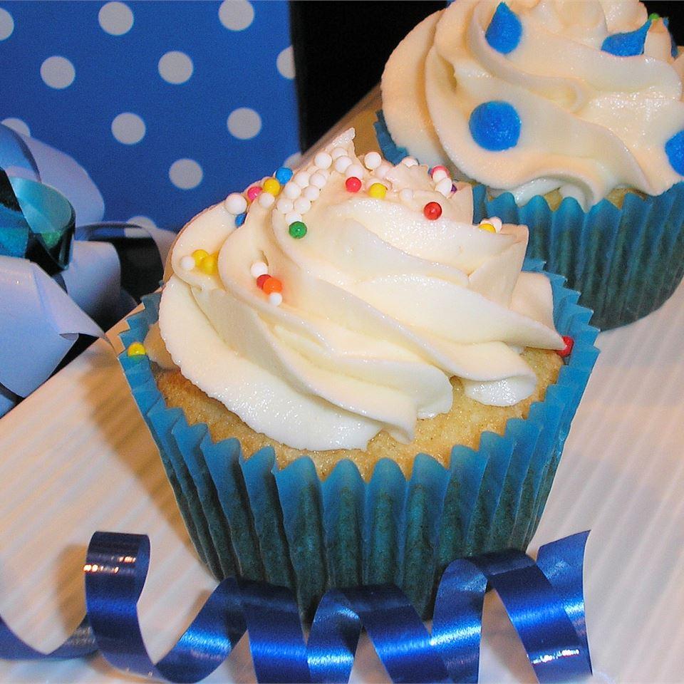 Sour Cream Cupcakes Emma J