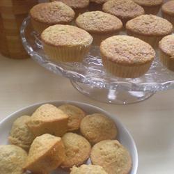 Orange Oatmeal Muffins Emmanuelle
