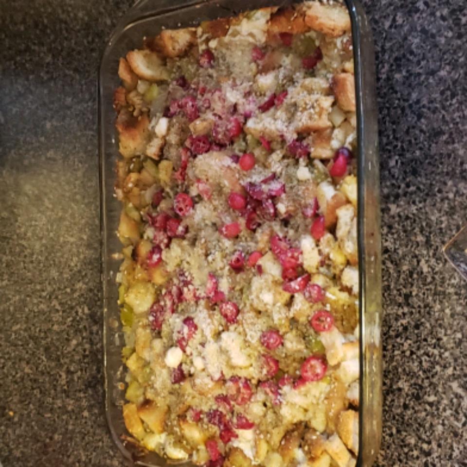 Southern Italian Thanksgiving Stuffing