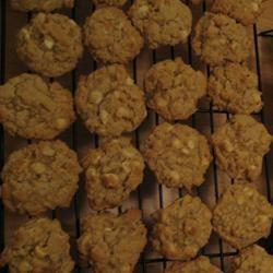 White Chocolate-Macadamia Nut Oatmeal Cookies JOANNE