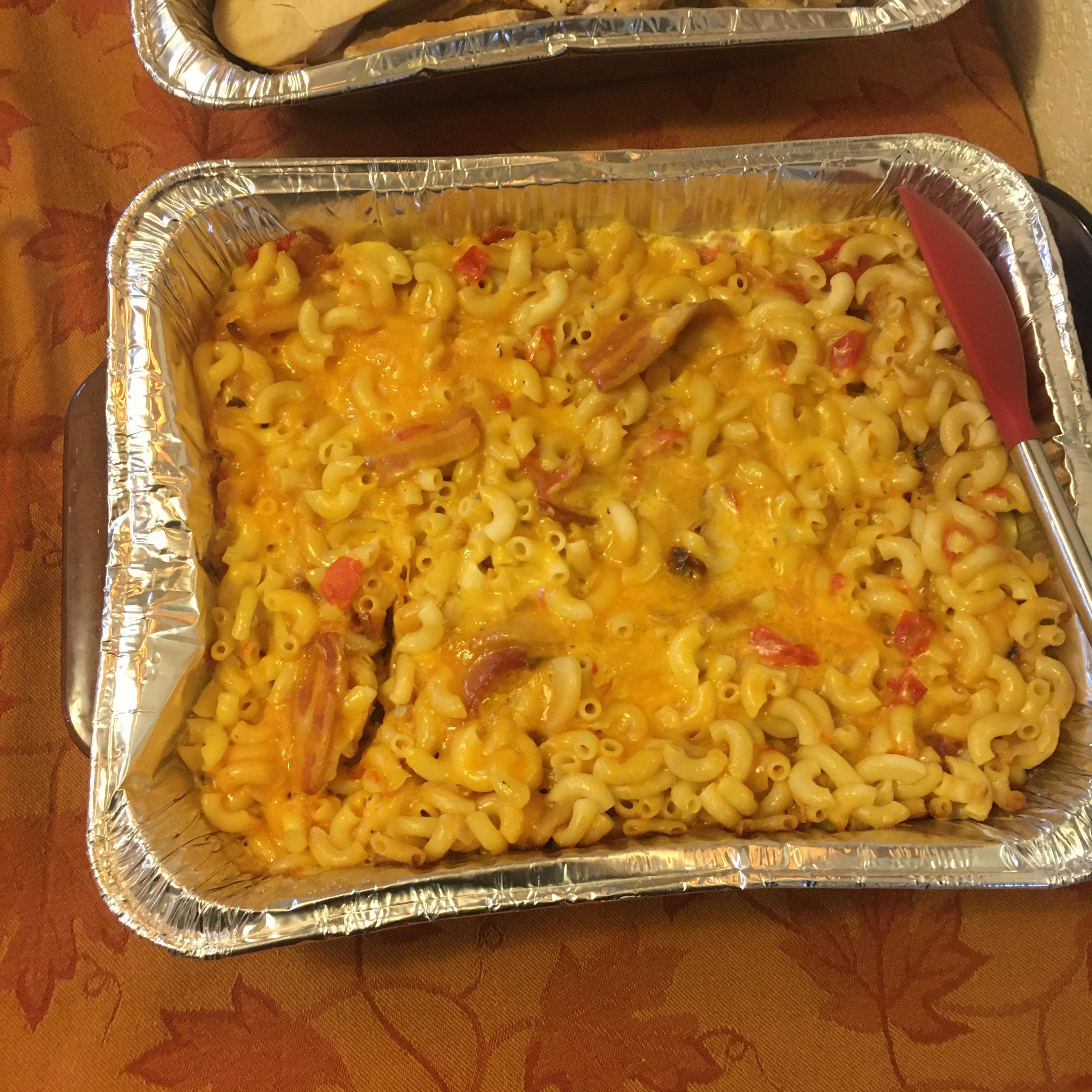 Bacon and Tomato Macaroni and Cheese Jennifer Kay Stursa