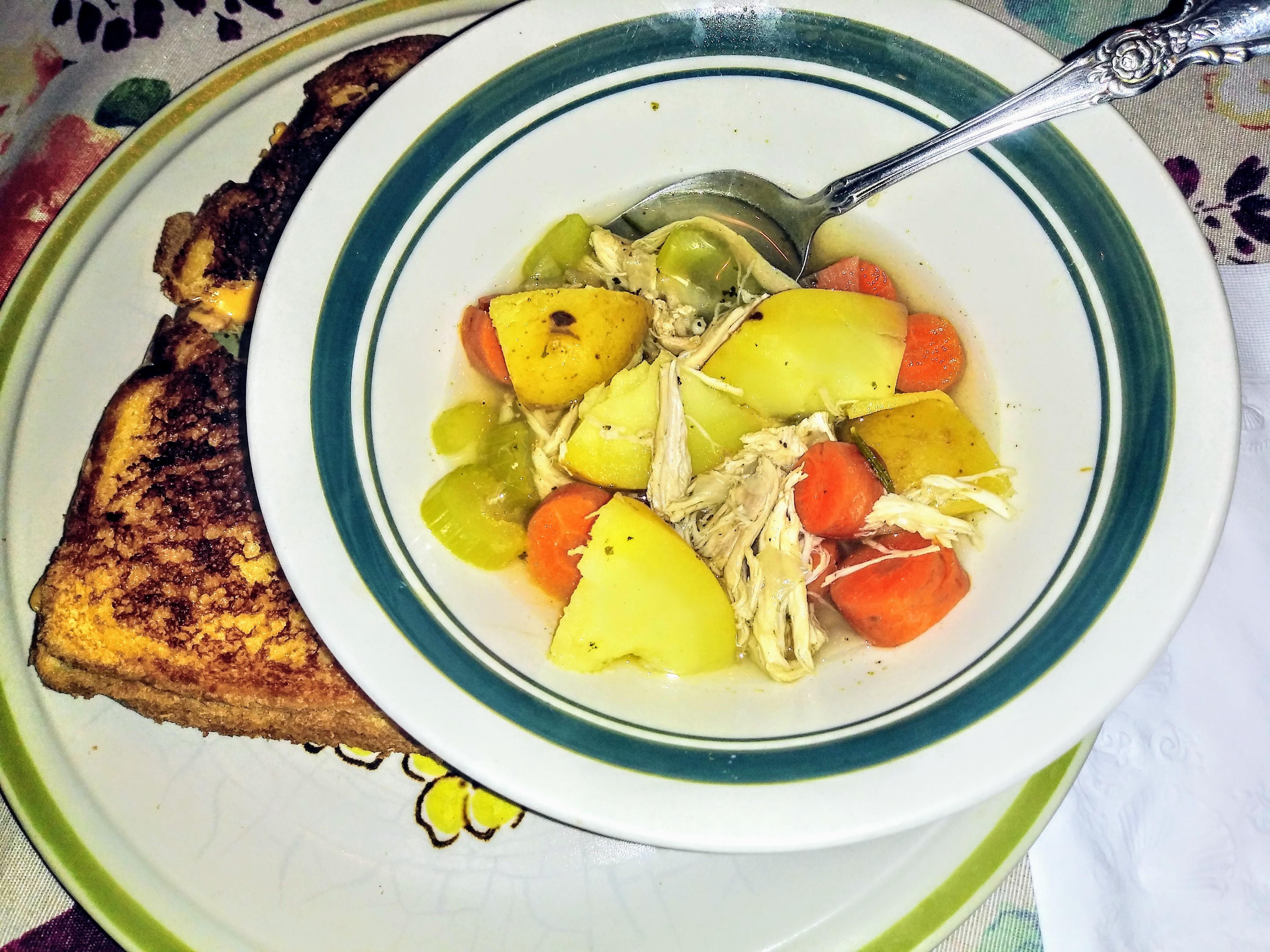 """""""The Day After"""" Turkey Soup Rachella"""