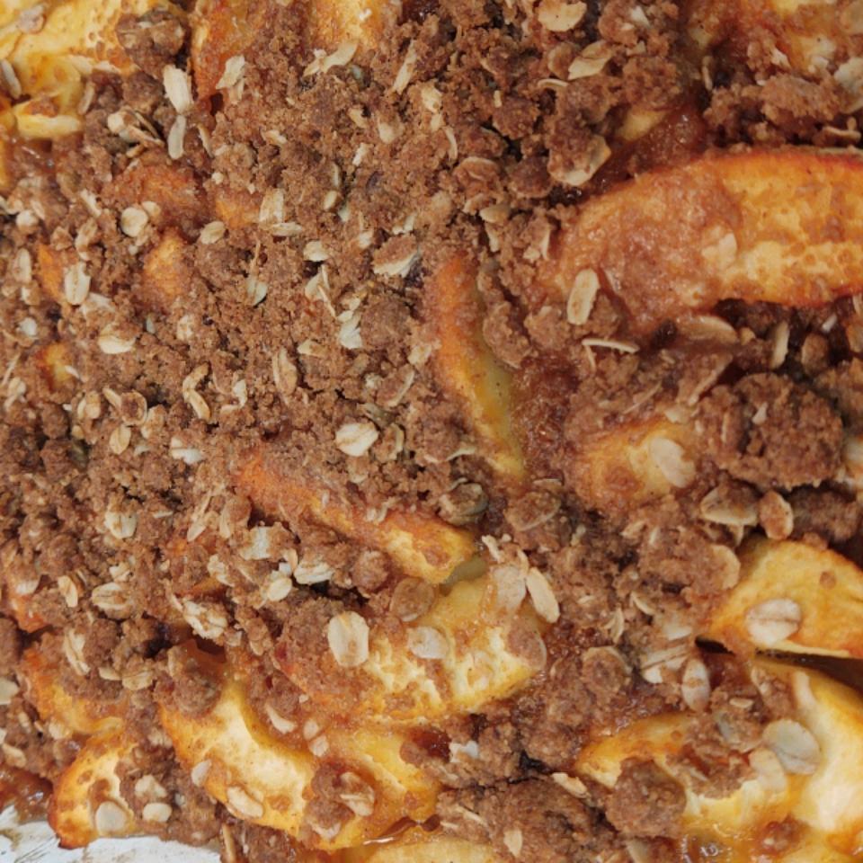 Moist Apple Crisp Holly Wood