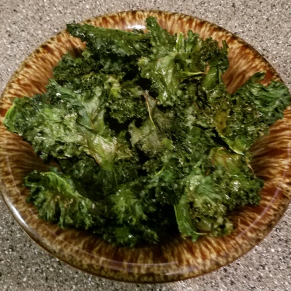 Baked Kale Chips Breeze Padilla
