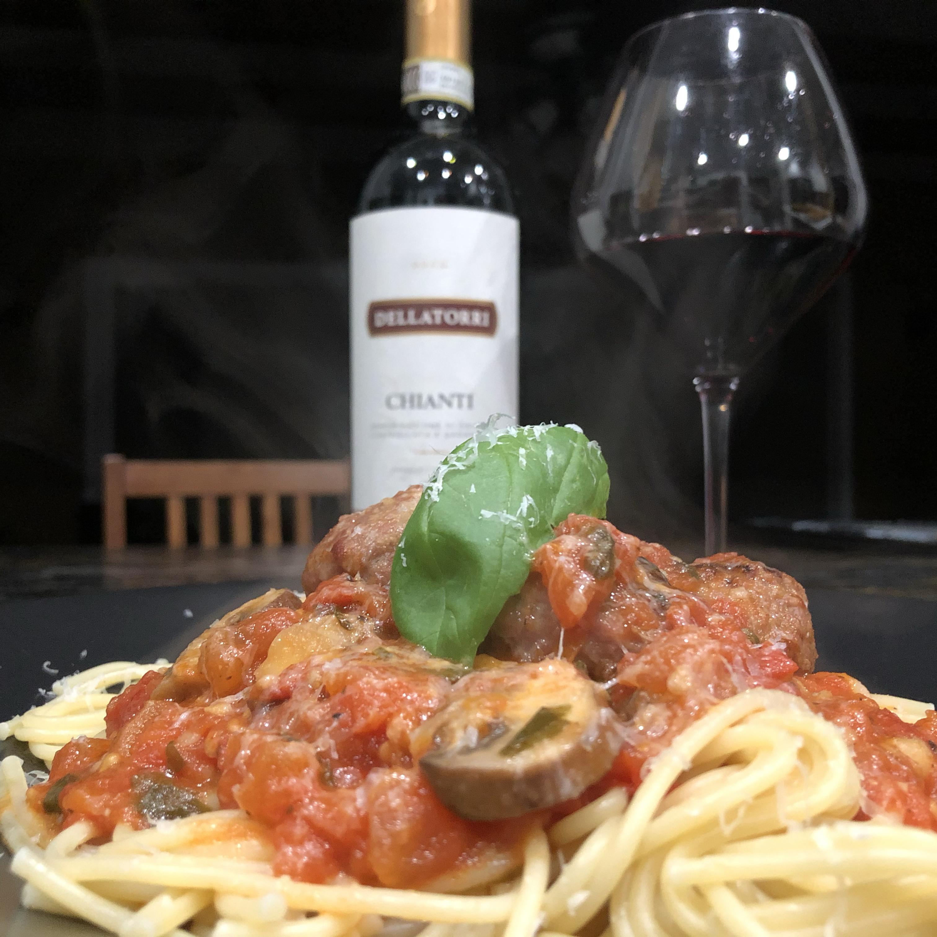 Homemade Tomato Basil Pasta Sauce Martin Bohnert