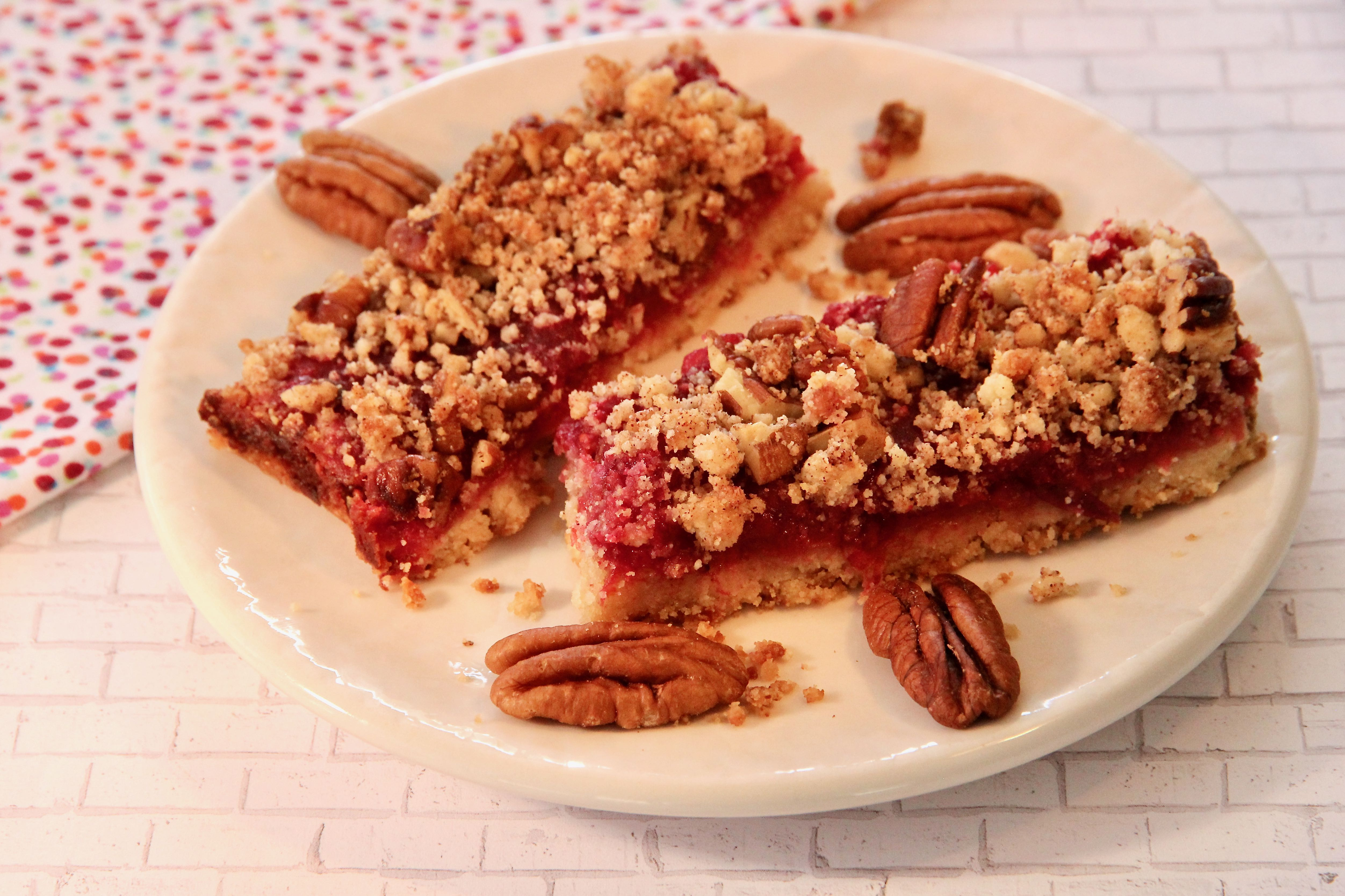 Keto Cranberry Streusel Bars