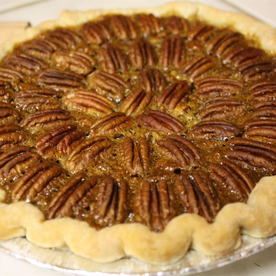 Irresistible Pecan Pie ilovebaking22