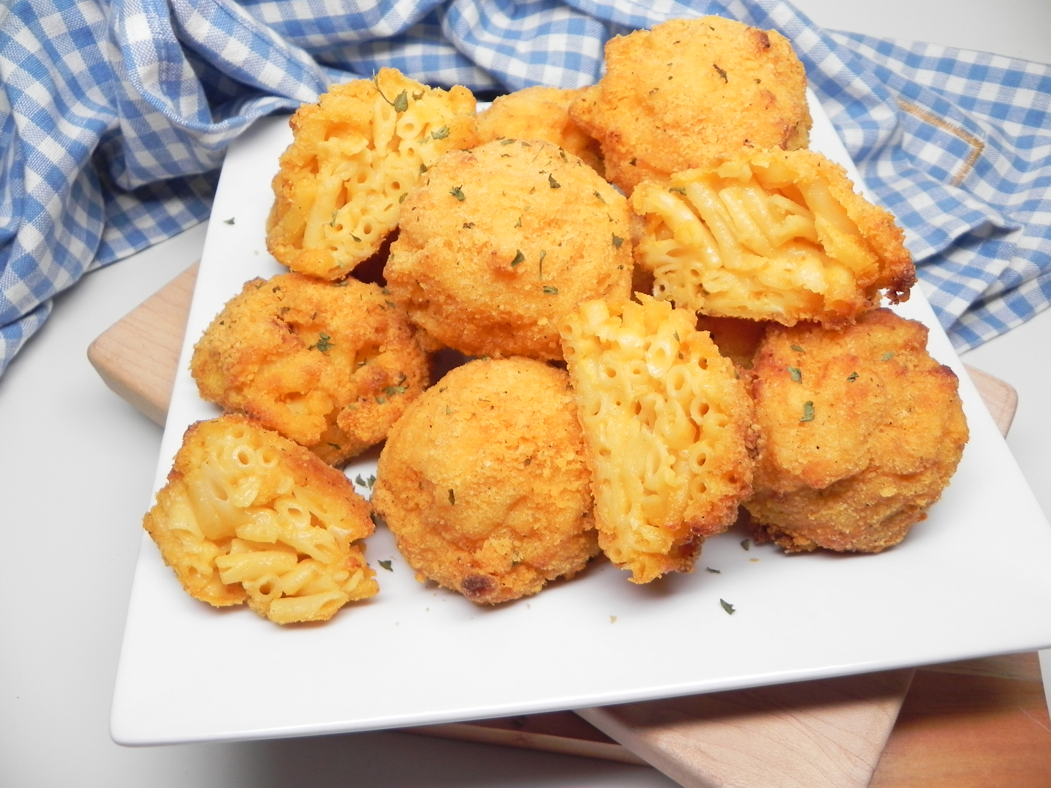 Crispy Ranch Mac and Cheese Balls in the Air Fryer