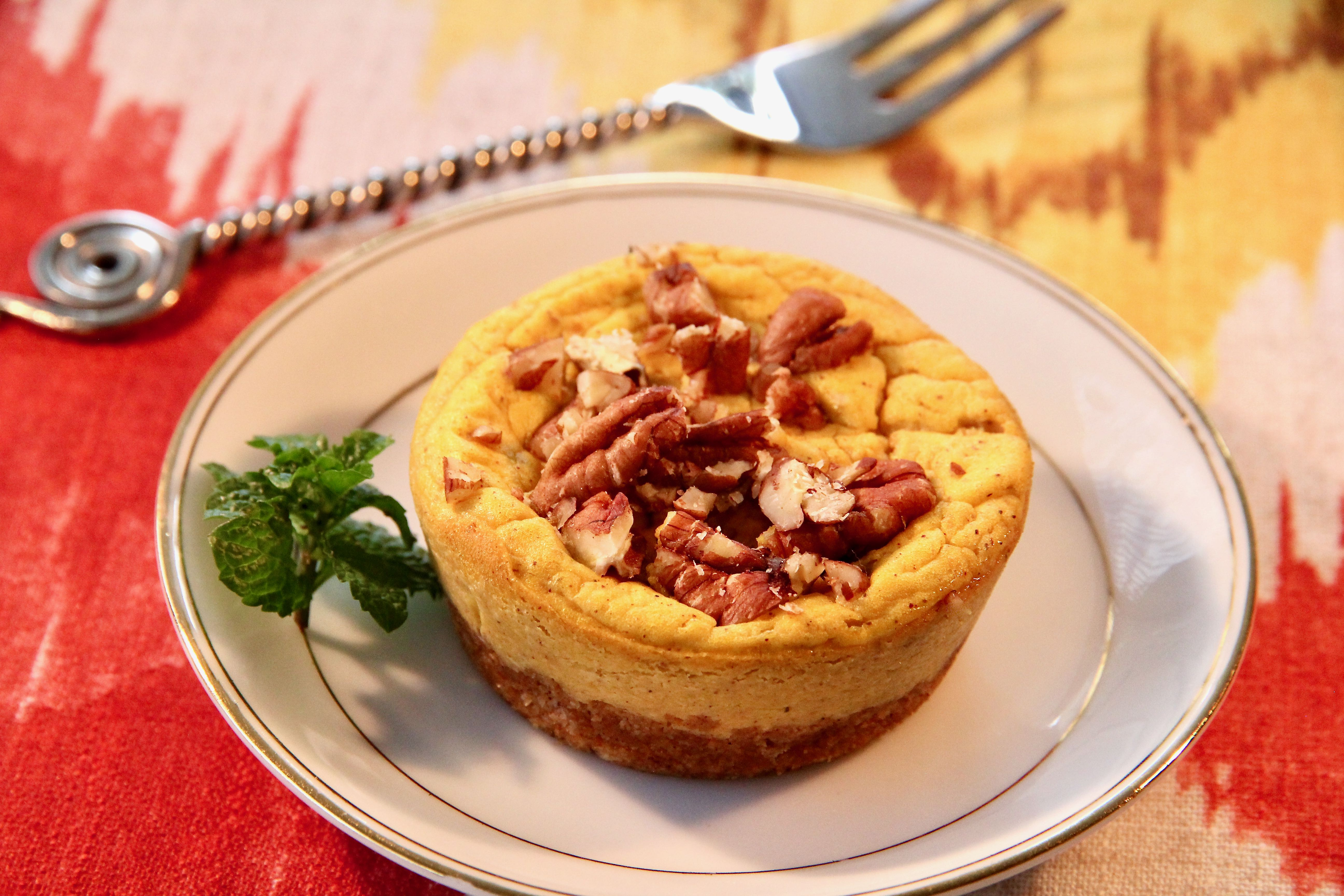 Keto Mini Pumpkin-Pecan Cheesecakes