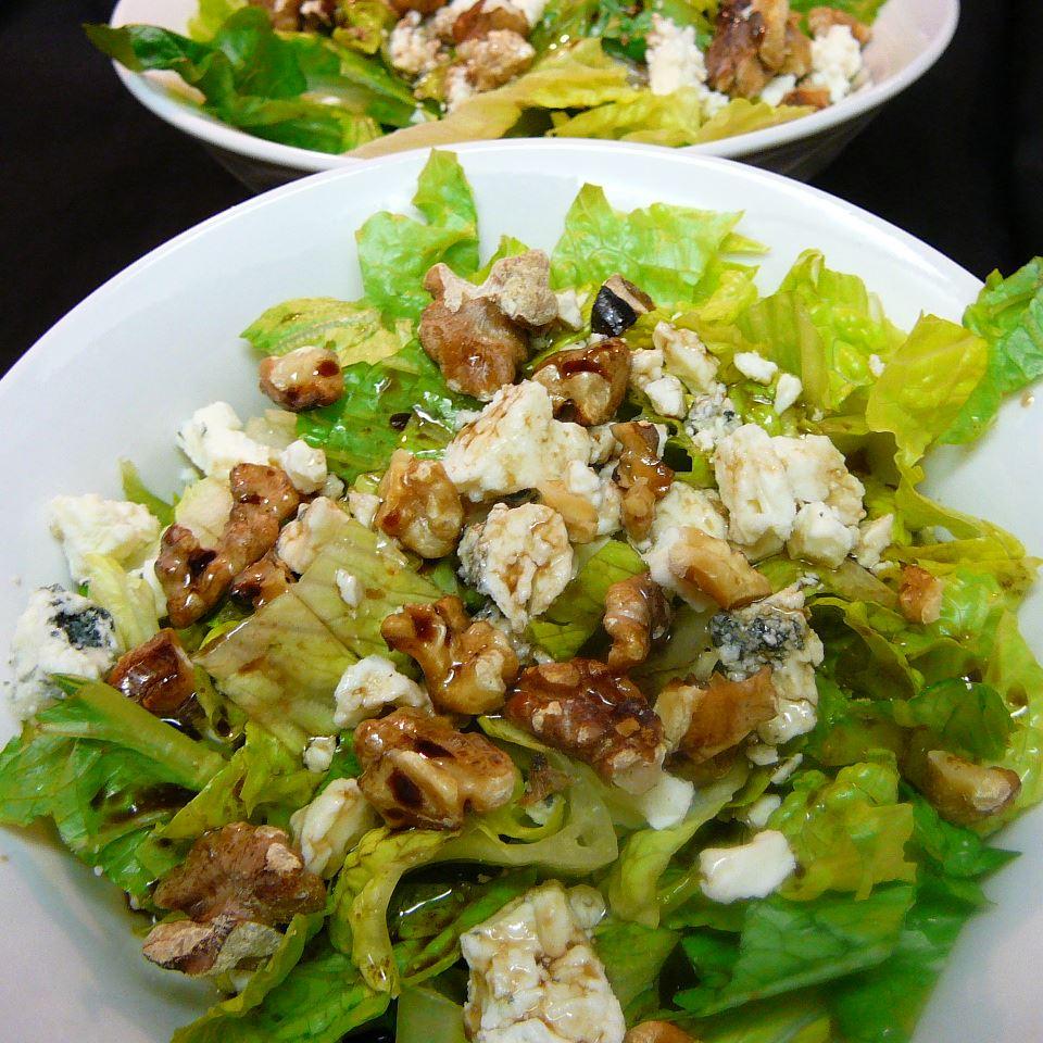 Balsamic Bleu Cheese Salad Molly