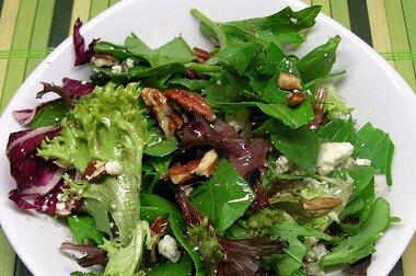 balsamic bleu cheese salad recipe