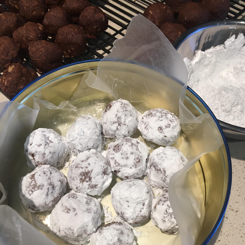 Cocoa Kiss Cookies
