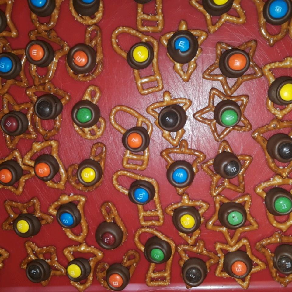 Chocolate Pretzel Treats Kathy Cochran