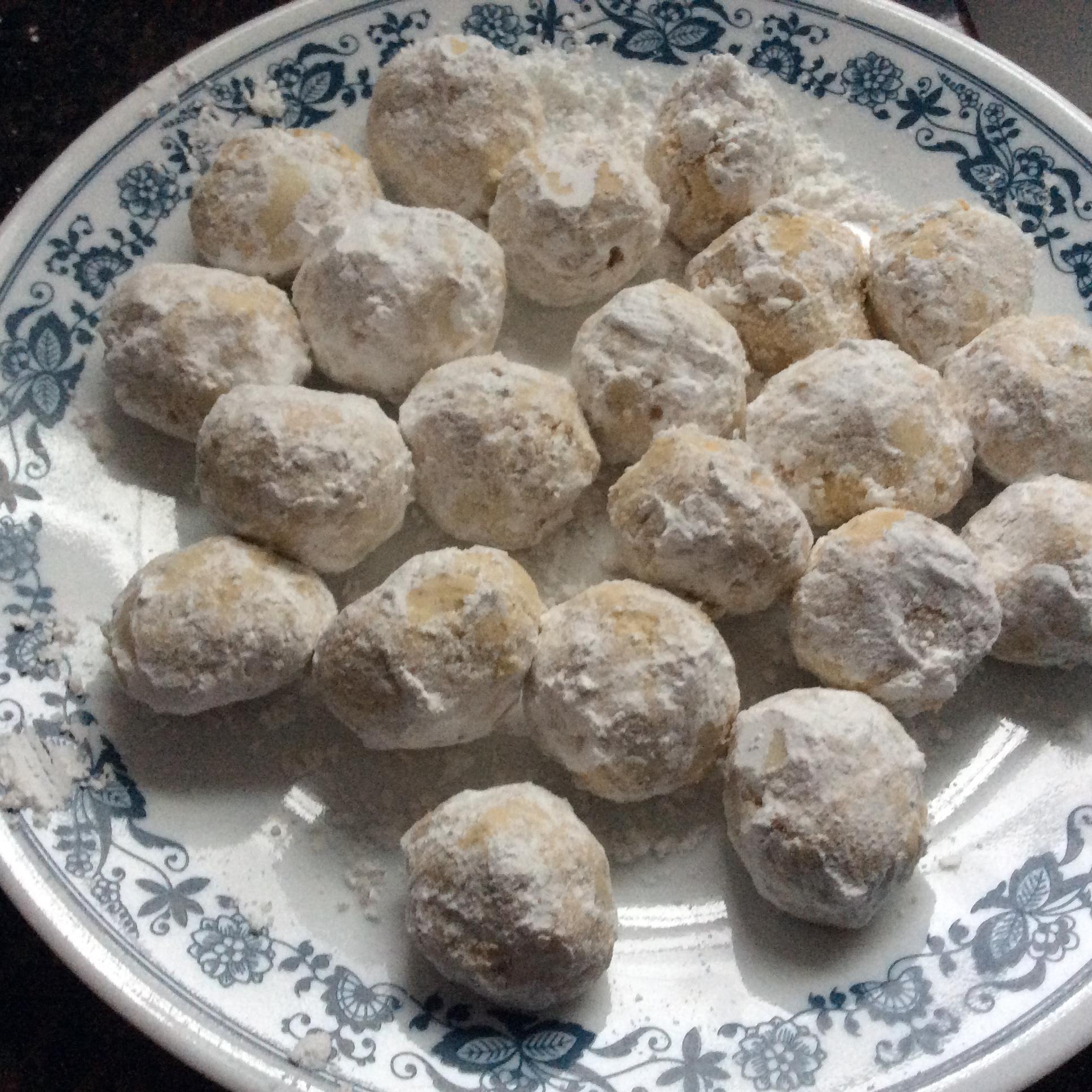 Chef John's Russian Tea Cakes