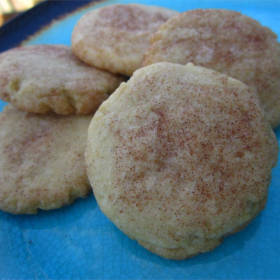 Tender Crisp Sugar Cookies pomplemousse